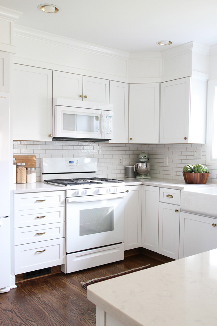 white kitchen cabinets with white appliances collaboration my kitchen room for tuesday 29049