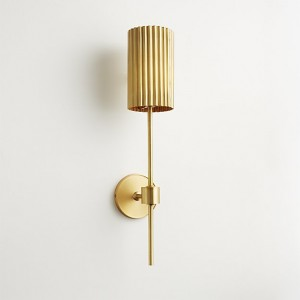 fluted-gold-wall-sconce
