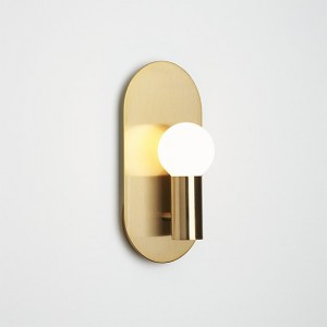 plate-wall-sconce-brass