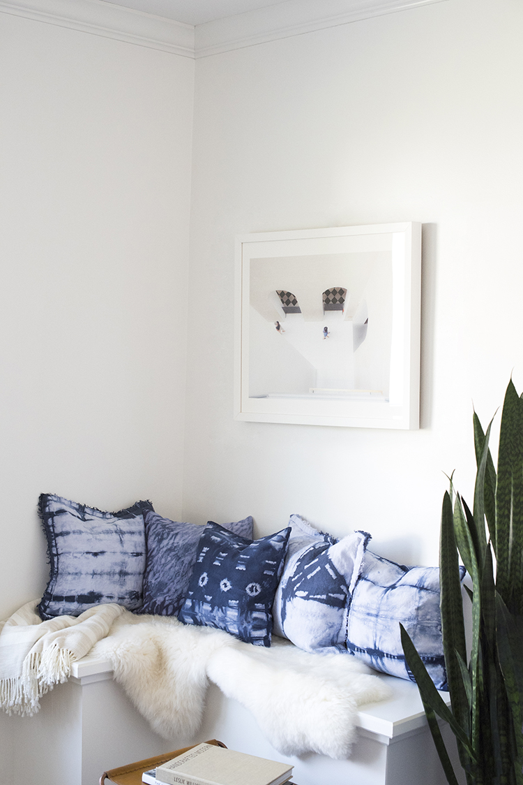 Shibori Pillow Corner Nook