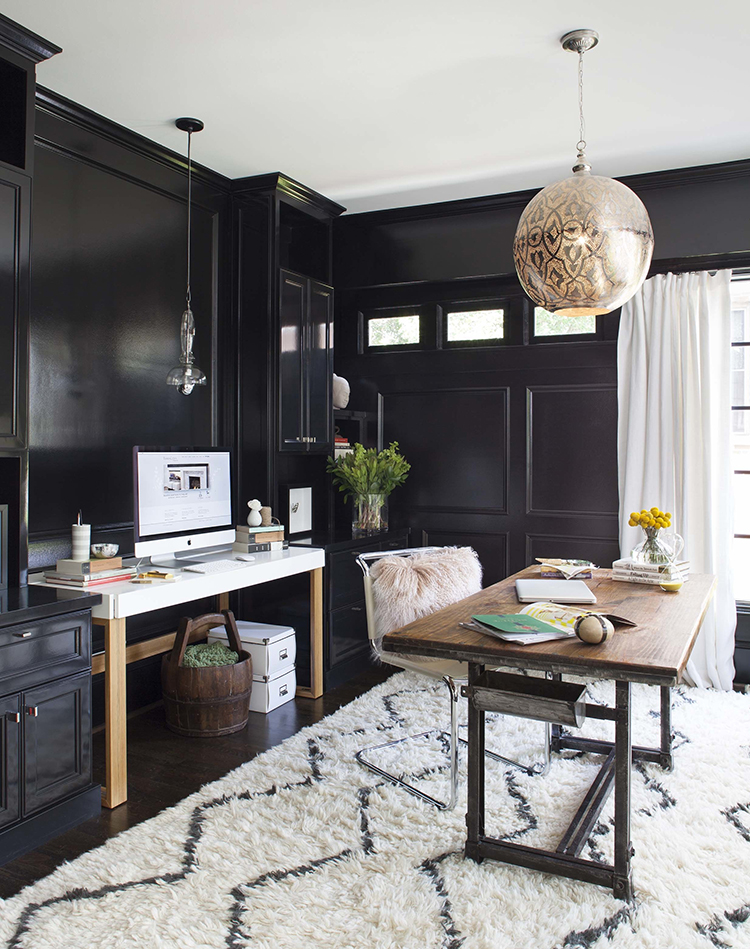 Tour This Amazing Fashion Blogger S Transitional Home Office: Perfect Desk + Chair Combos