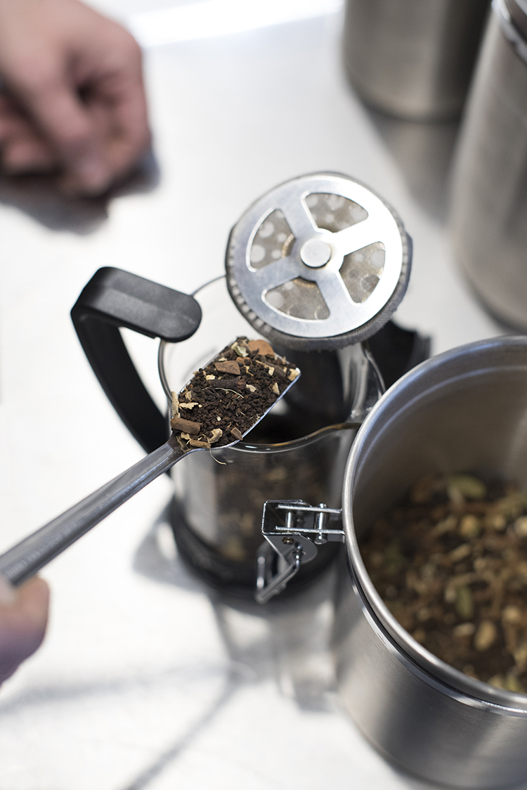 how-to-french-press-chai