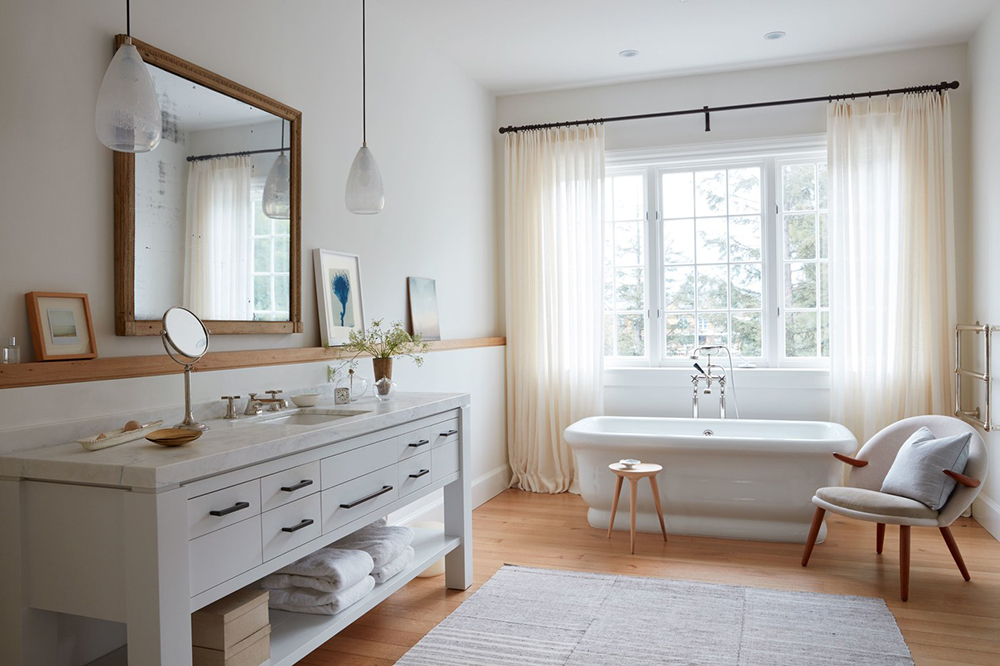 Whitewashed Mod Farmhouse Bathroom