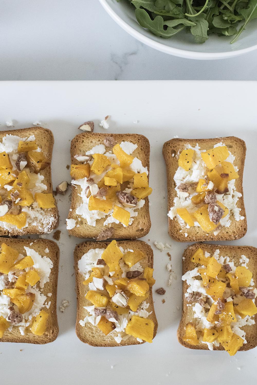 Pumpkin Mini Toasts