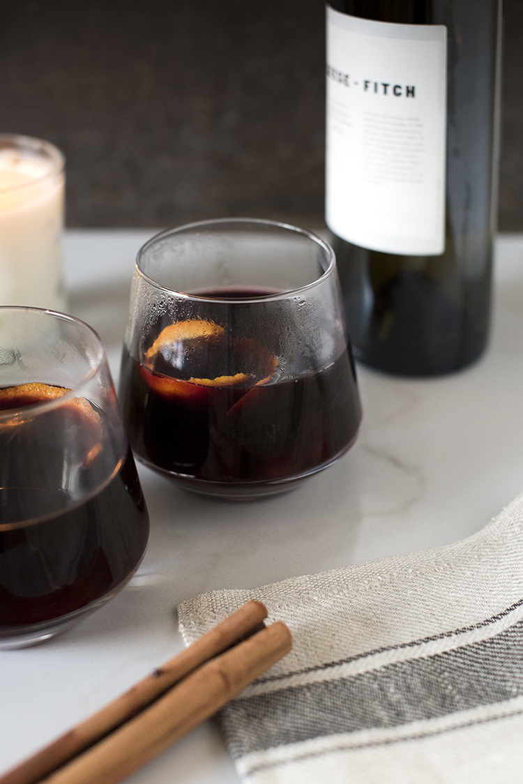 Spiced Mulled Wine For Fall