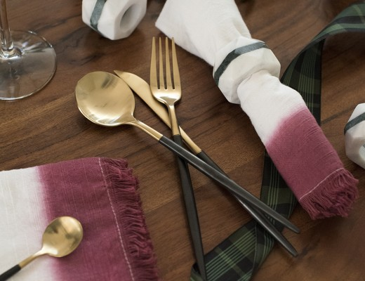 DIY Dipped Dyed Napkins - roomfortuesday.com
