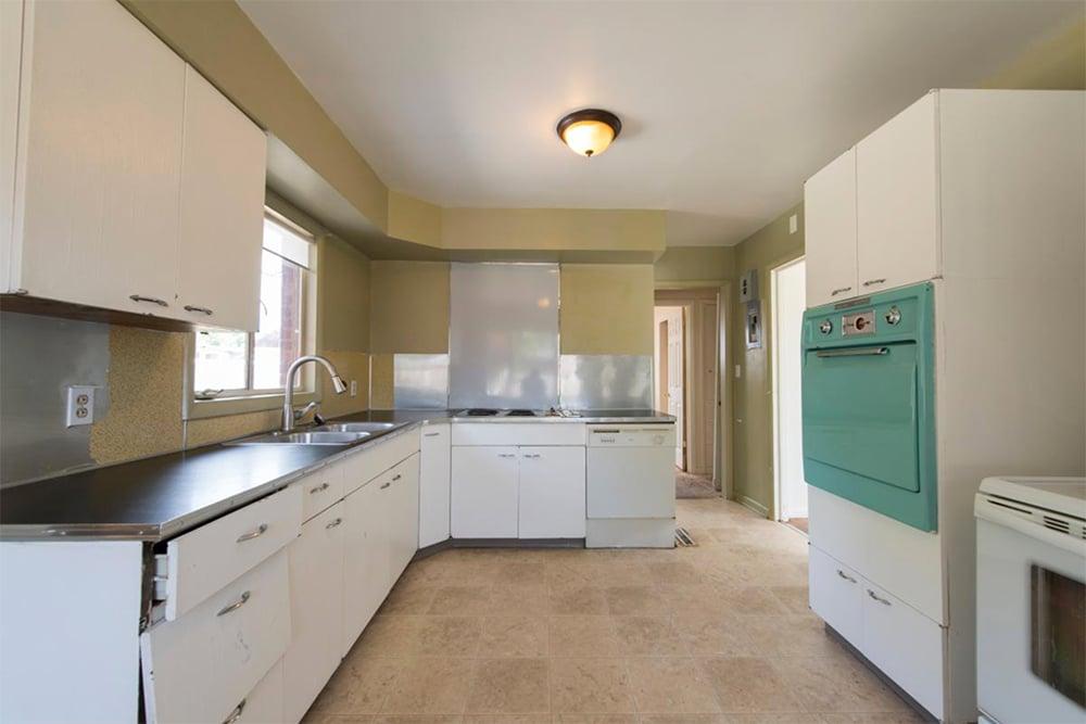 kitchen before 9