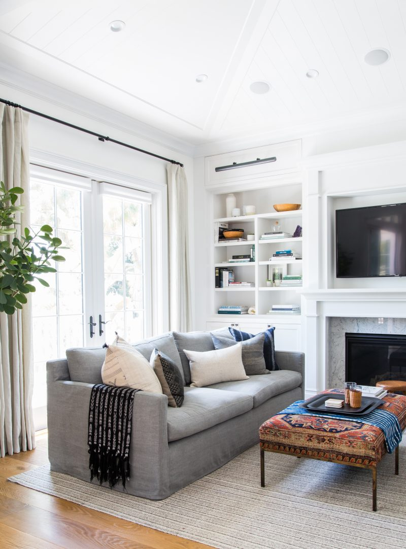 Neutral Throw Pillow Combinations for White and Gray Sofas - Room ...